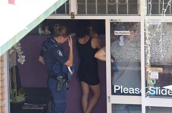 疑似操控大批华人留学生参与性交易,4个中国人在澳被捕!