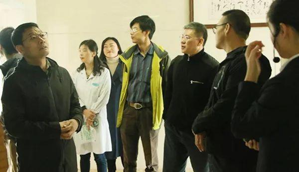 新闻间 中国疾控中心调研组到民生路社区预防接种门诊指导工作(图2)