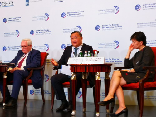 外交部军控司:中国对权力游戏不感兴趣,无意军备竞赛