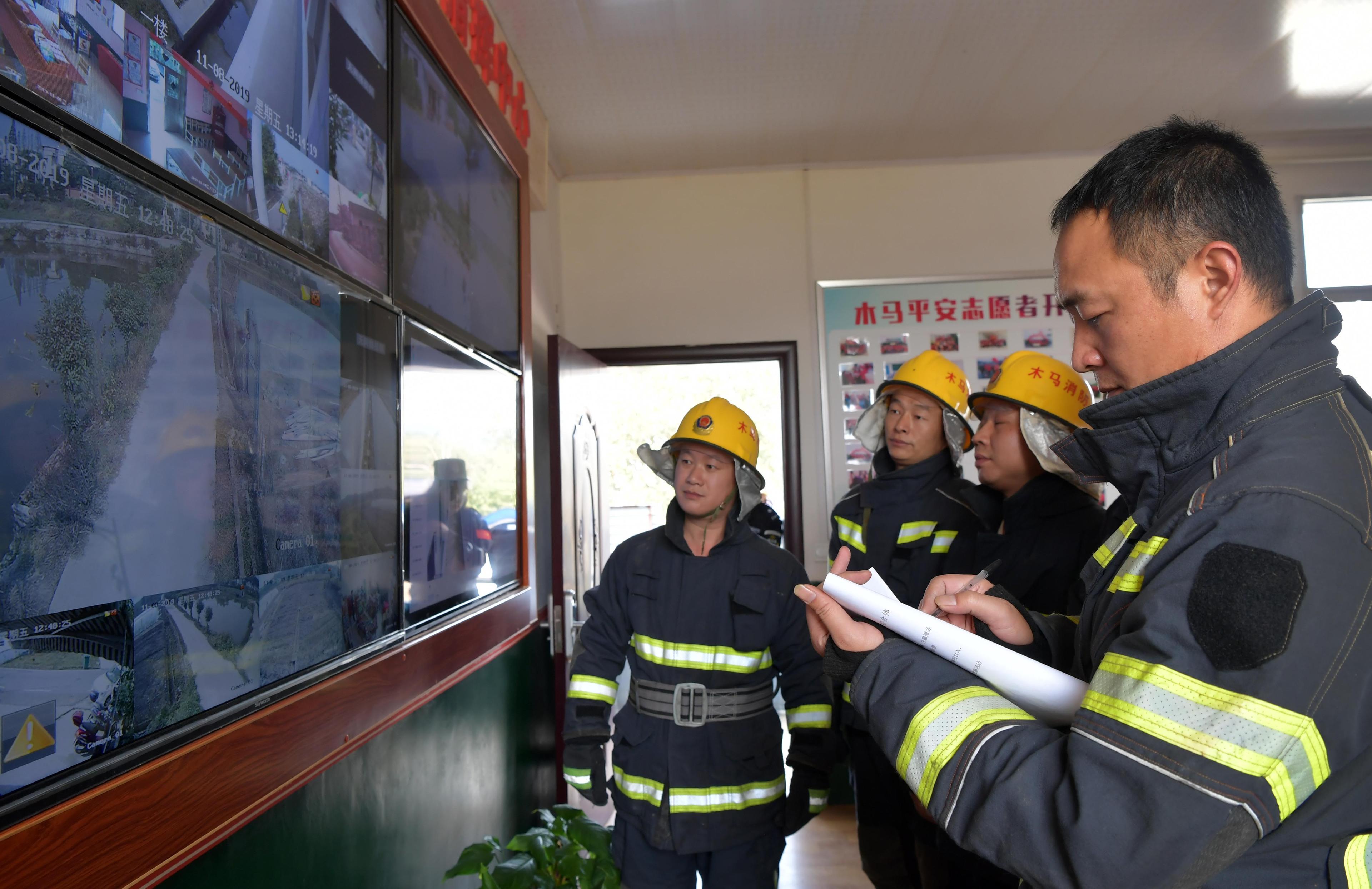 """一级注册消防工程师揭秘""""挂证""""行情:挂靠价格从年12万降至2万,监管趋严、出火灾要负责"""