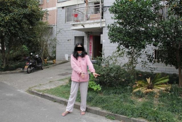 女子捅死男友逃亡15年后落网!曾冒用身份结婚已是三个孩子母亲