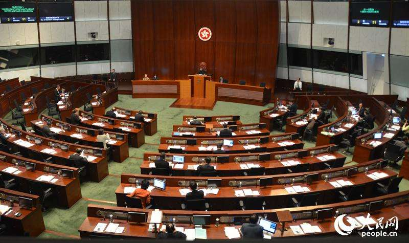 香港立法会议员质疑某些法官违背政治中立:无司法情操