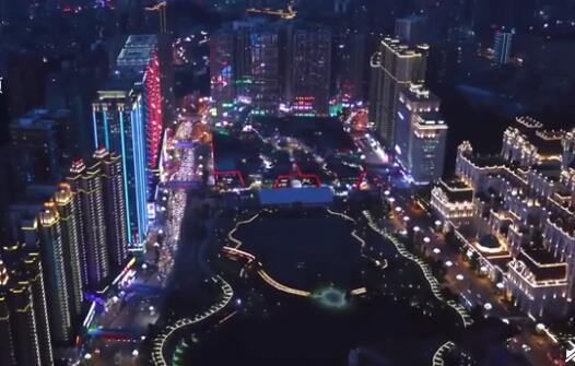 奥迪a3保养费用亚洲最大小区每晚千人跳广场舞
