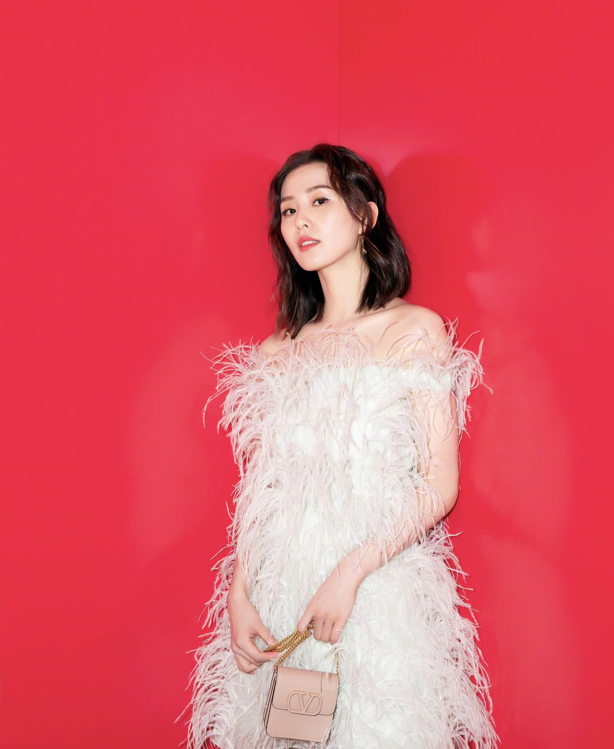 两位产后复出的女明星,赵丽颖和刘诗诗谁的变化最大?_状态