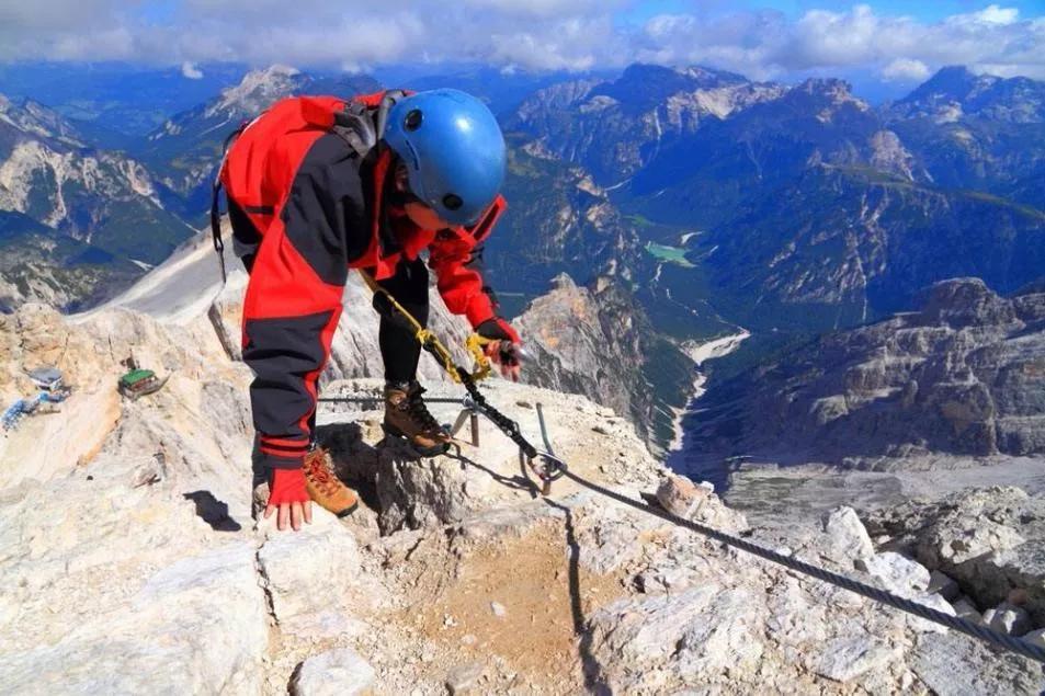 下降钩环:登山绳下降环如何打结