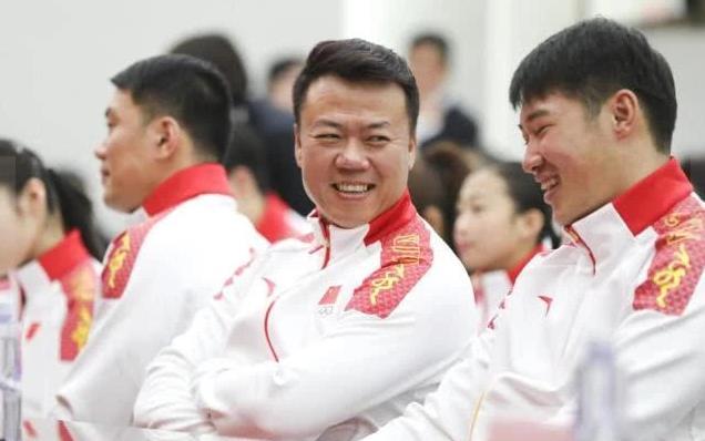 中国队总教练谈隋文静韩聪夺冠:队伍出色还需时间