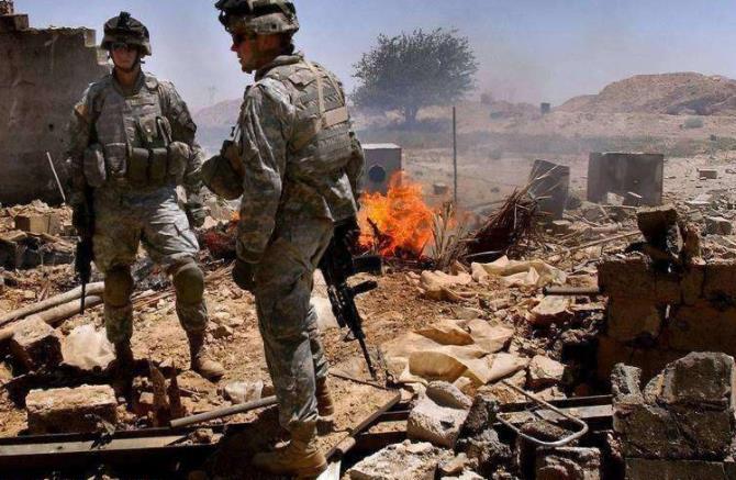 伊拉克传来巨大爆炸声,5名意大利士兵被炸飞,美直升机紧急施救_意大利新闻_意大利中文网