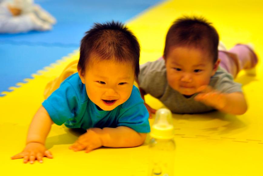 母婴物语:宝宝不同年龄,要做不同运动才能更好的长高!