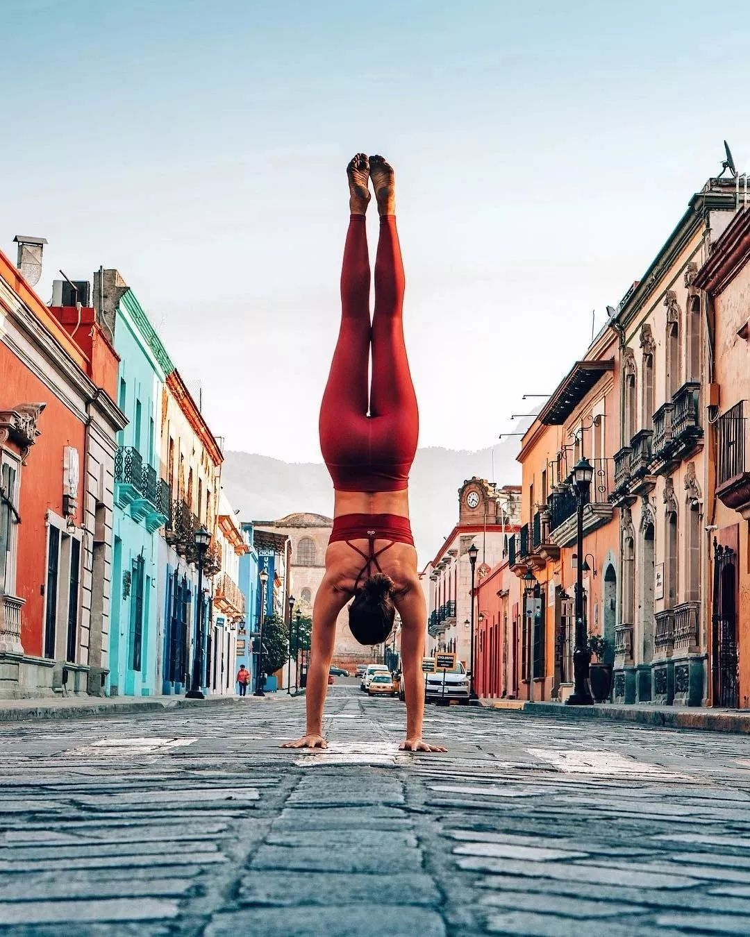 每天坚持练习这8个瑜伽体式,让身体起码年轻5岁!