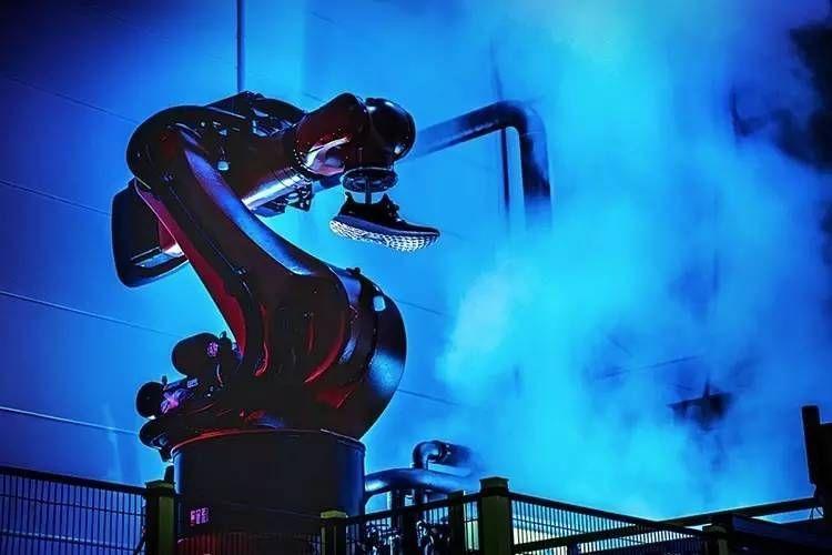 阿迪关闭在德、美2家机器人工厂:亚洲更经济