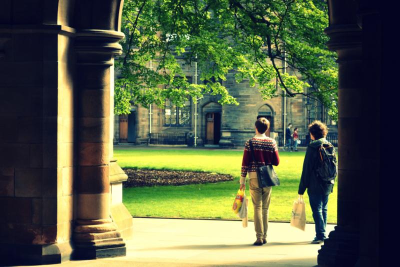 """英国""""小长假""""留学生该怎么嗨?_中欧新闻_欧洲中文网"""