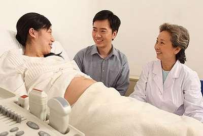 孕妇产检,医生问有流过产吗?丈夫的一句话让妻子直呼嫁对了!
