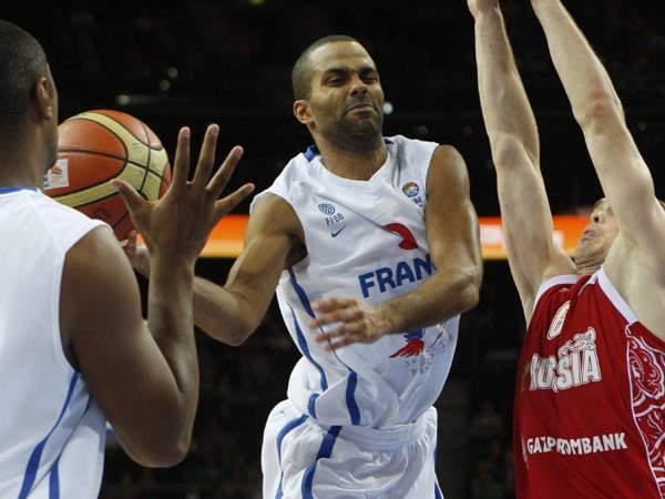 夺得NBA总冠军,又打欧锦赛、世锦赛、奥运会,法国铁人就是他