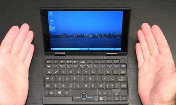 7英寸/539g这可能是你见过最小的Windows10笔记本