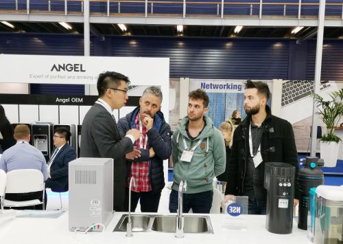 以安吉尔A7为代表的三款净饮水产品,惊艳了全球最大水展