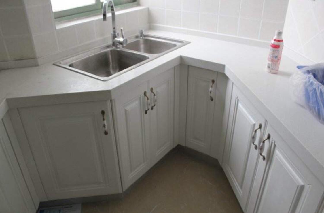 厨柜石英石台面出现裂缝 一定要知道应急处理-中华橱柜网