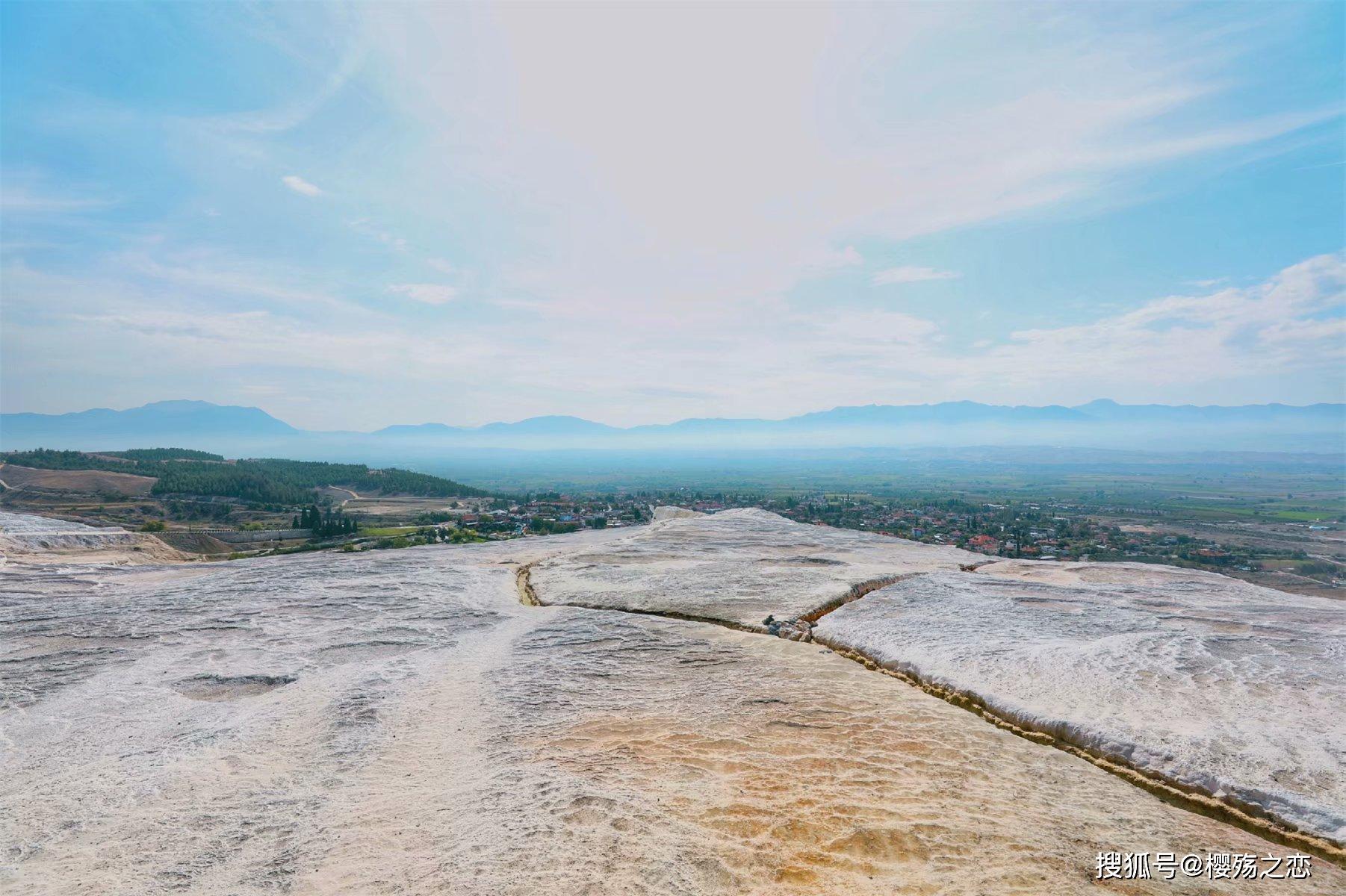 """这个白色""""城堡""""不一般,两千多年前就是著名的SPA中心"""