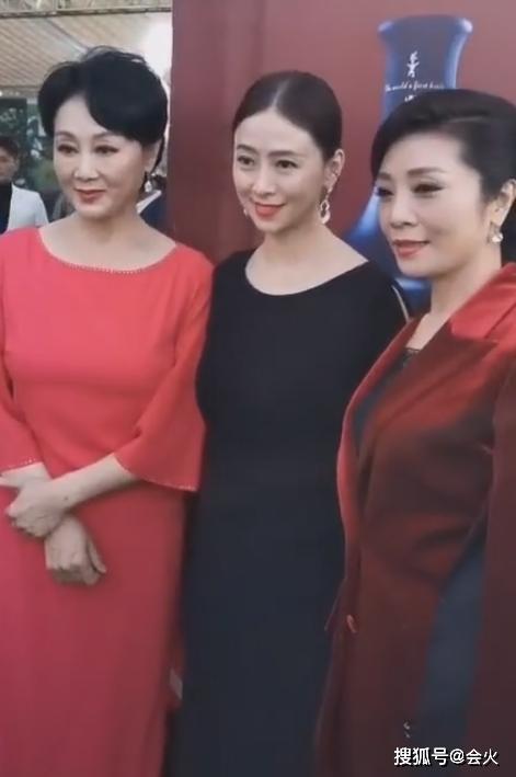 翁虹、李丹阳、王姬同框比美?三人年龄相差无几,状态却截然不同