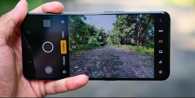 外媒评Reno2:一款仅凭外观就让人印象深刻的手机
