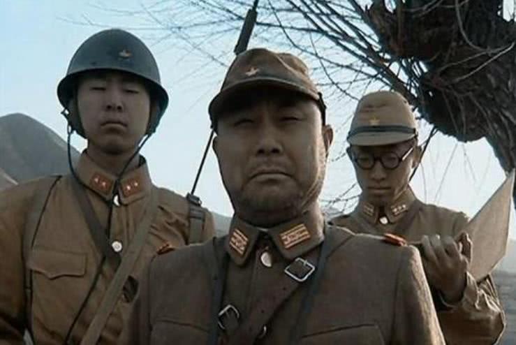 中国军队拥有400多万兵力,为何日本军队能够有700万兵力?_战争