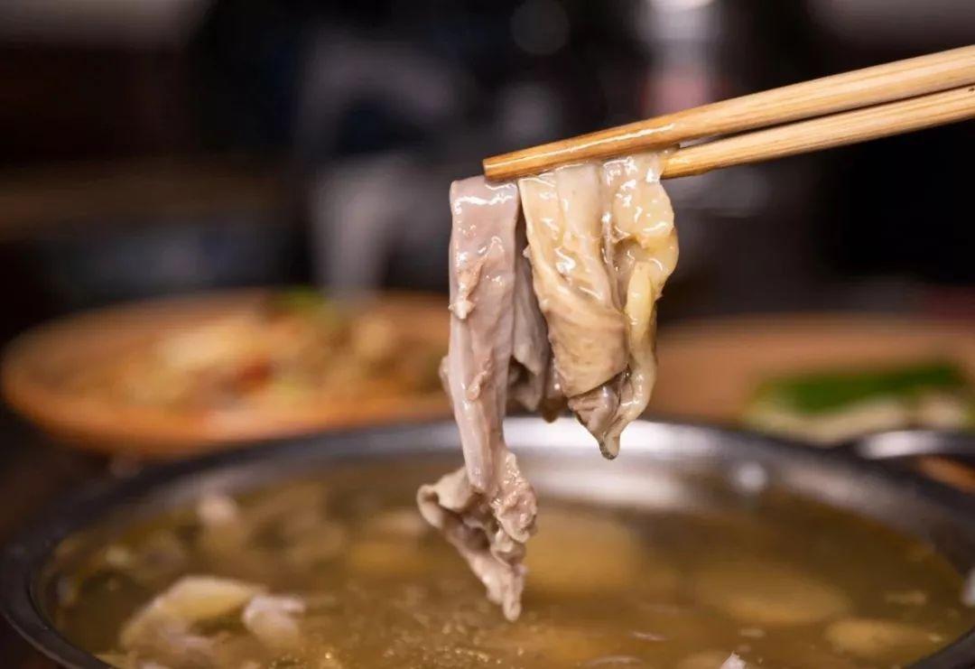 【步骤图】芋头炖牛腩(砂锅版)的做法_芋头炖牛腩(砂... _下厨房