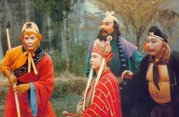 唐僧三个徒弟的名字为何是悟空、悟能、悟净?看看连起来是啥?_孙猴子
