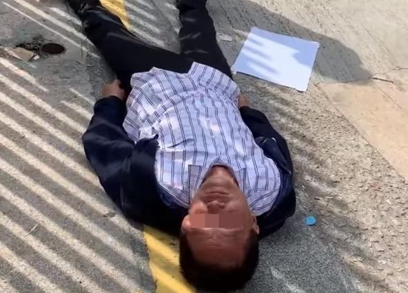 岳麓租房香港七旬老人被暴徒砸头后离世 港府