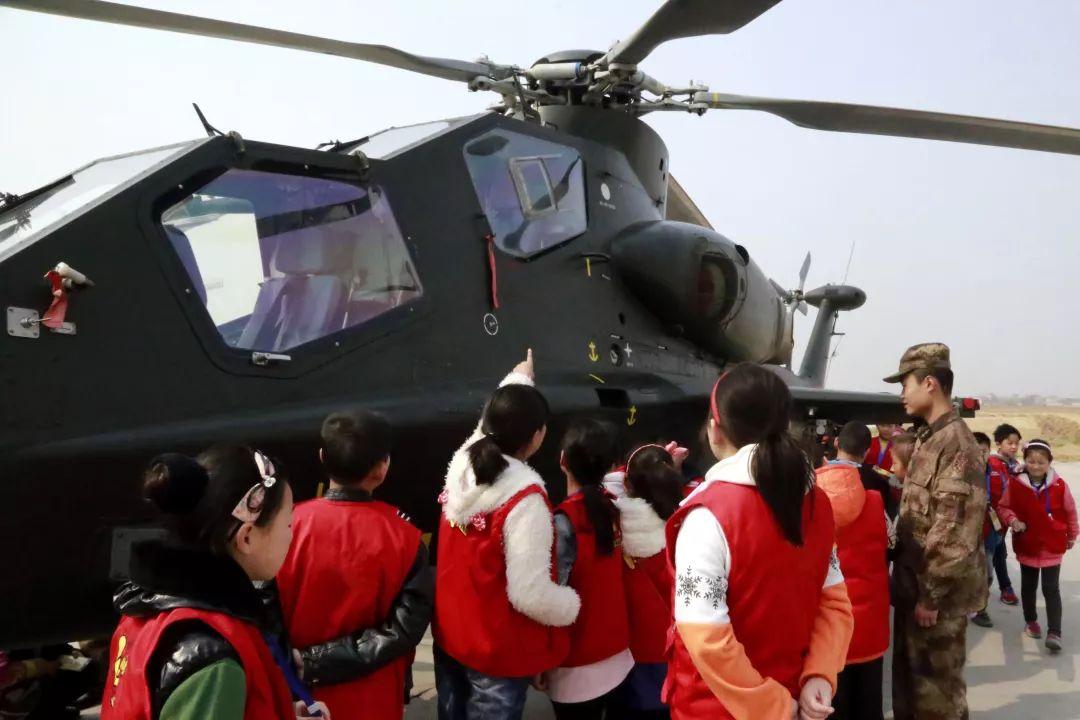 河南省新乡市将国防教育融入?#34892;?#23398;研学课堂启示