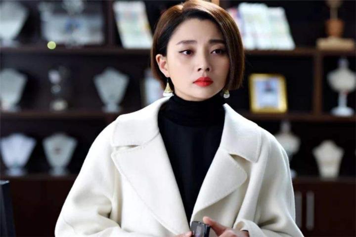 重庆籍的女明星,最后的她美出天际