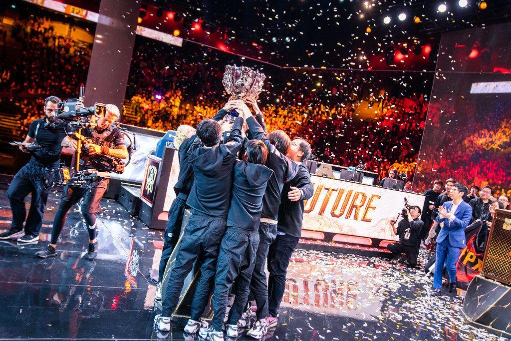 FPX创造历史拿下S9冠军LPL终成英雄联盟第一赛区_战队