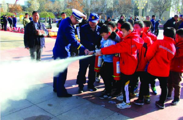 翁熄春房情意浓方山县举行消防宣传