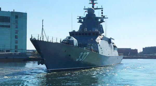 """俄测试新一代护卫舰""""轰鸣""""号 未来或可搭载高超音速导弹_白海"""