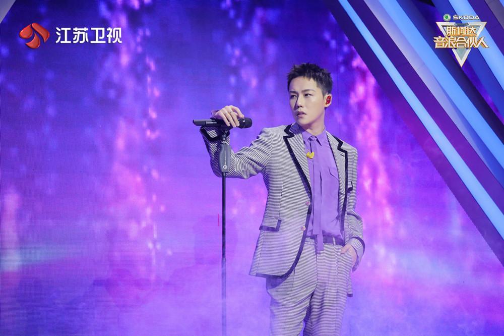 《音浪合伙人》袁娅维、吉克隽逸挑战全新音乐形式 刘维为何现场泪奔?