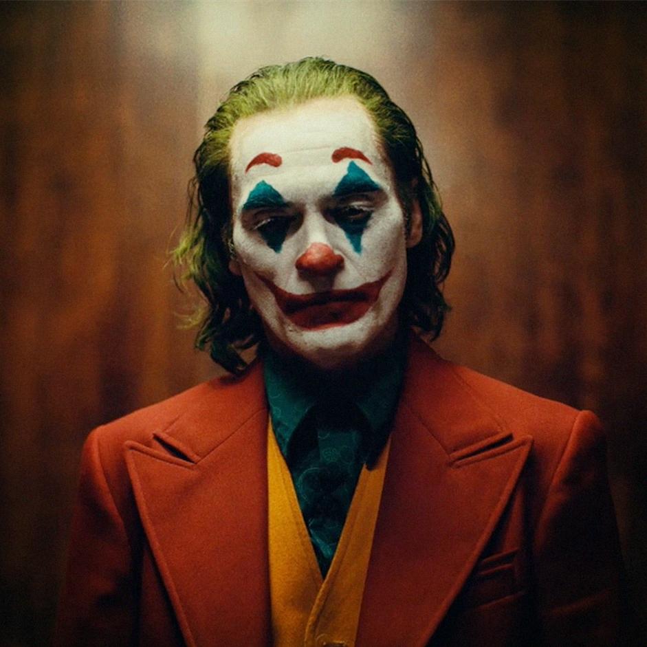 小丑最火手机壁纸