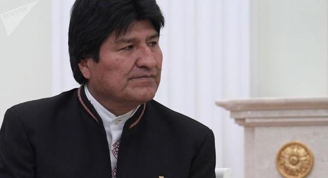 美國耍陰謀,騙玻利維亞前總統上飛機,差點送進關塔那摩監獄?_莫拉萊斯