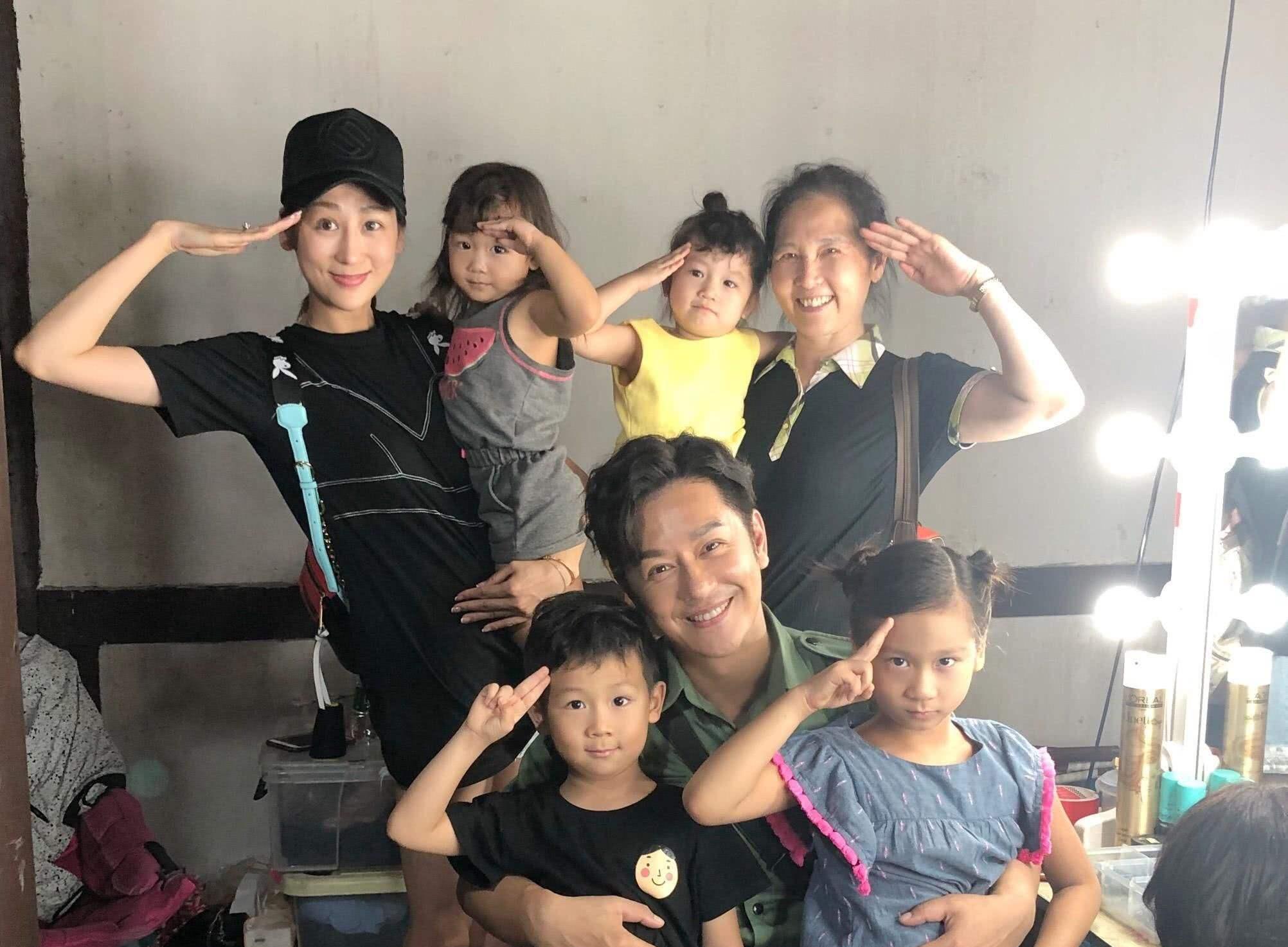 陈浩民的老婆蒋丽莎5年剖腹产4次,如今过得怎么样?