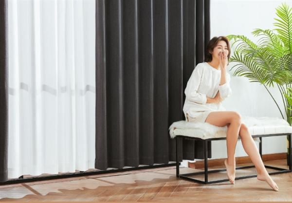 马诗的意思小米系推99%遮光除甲醛窗帘:不耗电