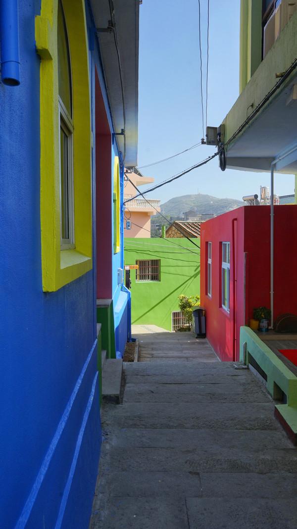 我们身边的最美彩虹小镇,在这里拾起所有的梦