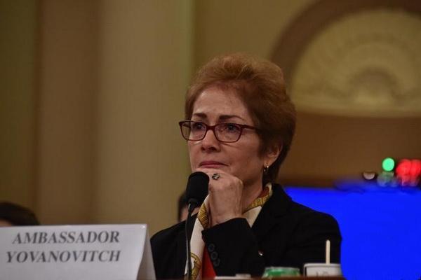 第二輪彈劾聽證會開始,重要證人出席指證,曾被特朗普炒魷魚_約萬諾維奇