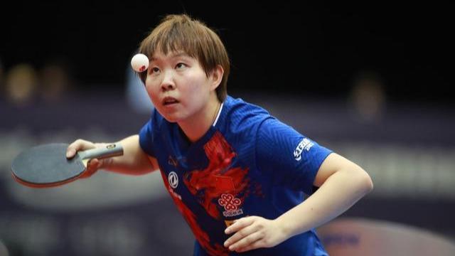 日本4名冠军平均年龄17岁!朱雨玲太保守,不主动只能挨打_组合