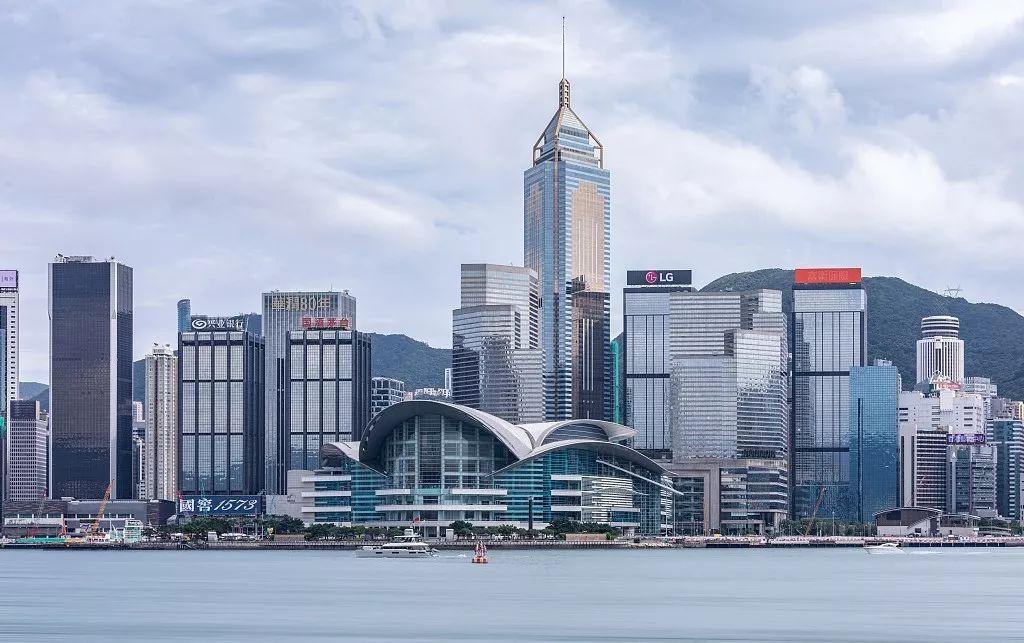暴力乱象下,香港损失有多大?一个香港人损失有多大?_零售