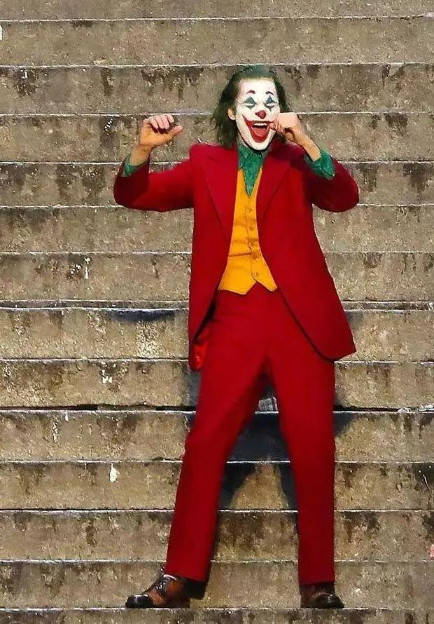 《小丑》票房破10亿 特别预告感谢全球粉丝!《叶问4》完结篇定档12月20日