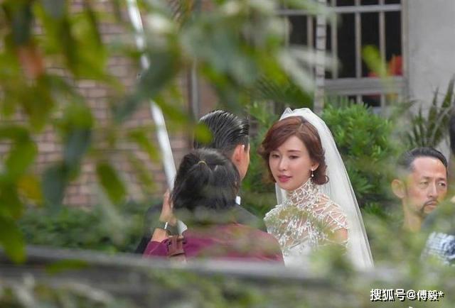 林志玲婚礼消费大玩朴素节俭风,宴席12桌行头仅