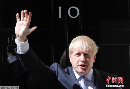 英大选民调:约翰逊所属保守党获2017年来最高支持率