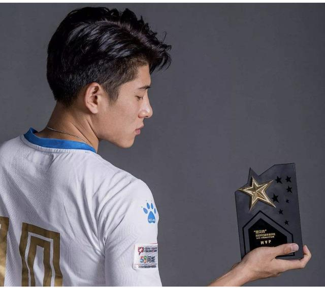 中國留洋妖人收獲一線隊首球,他跟武磊乃中國足球驕傲_季驍