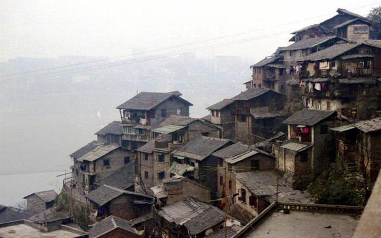 11月17日抗戰國民政府開始遷都1937年:為什么選擇重慶而不是成都_四川