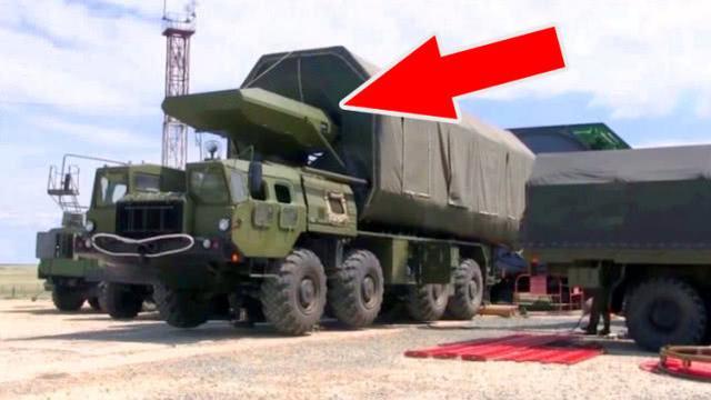 俄罗斯推出滑翔体导弹,外形比东风17还酷,可突破美国反导系统_进行