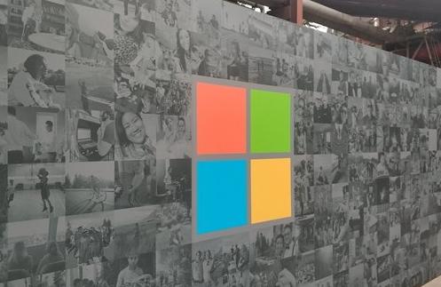 """微软日本试行""""上四休三"""",近5成网友认为不可行:员工或更辛苦"""