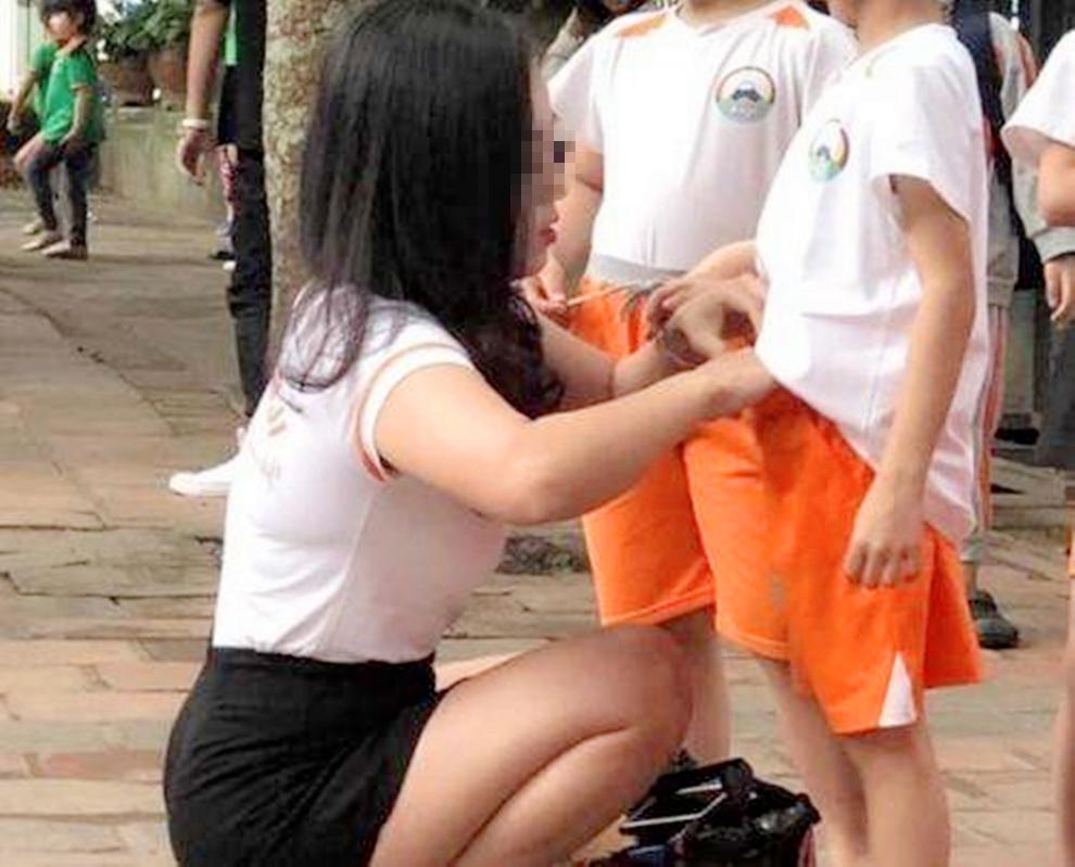 """原创小学老师穿着""""暴露"""",家长斥责""""影响校风"""",老师:这也管?"""