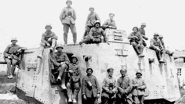 一战德国的第一种坦克A7V,出身即落后,须要17名成员操作_中欧消息_欧洲中文网